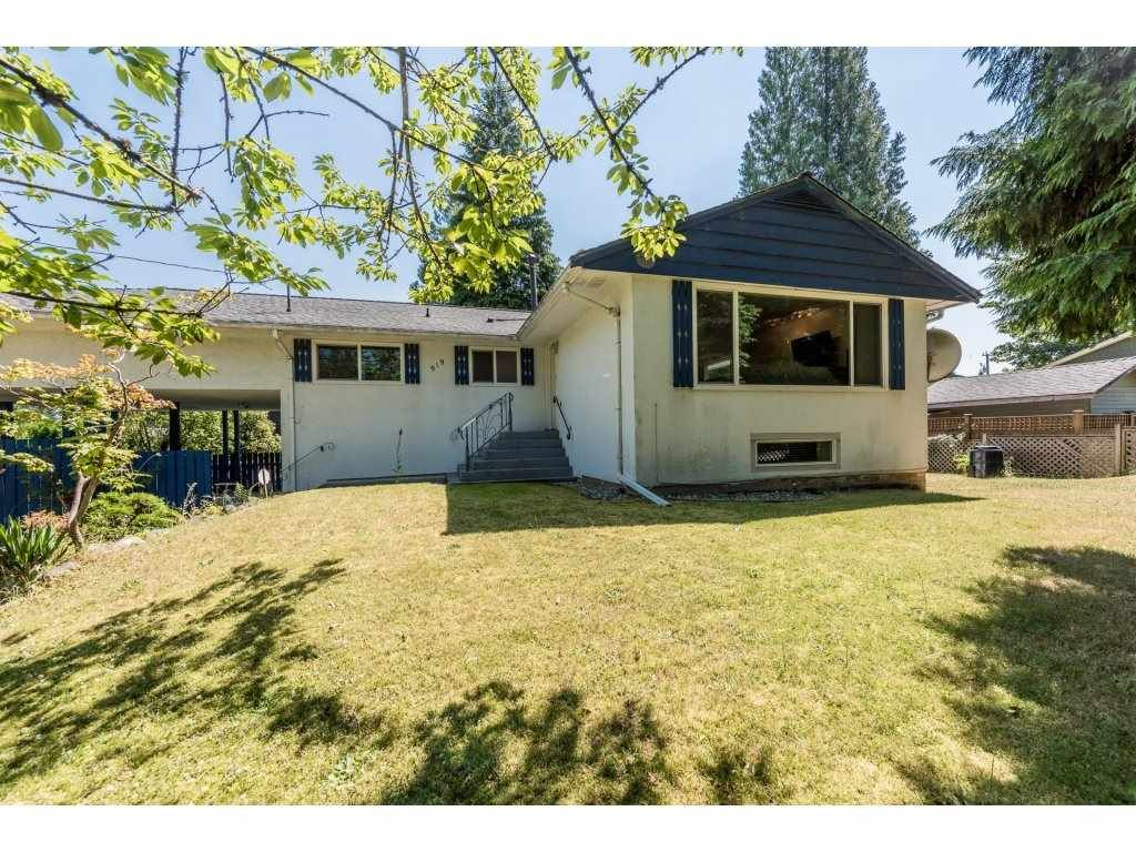 Main Photo: 919 GATENSBURY Street in Coquitlam: Harbour Chines House for sale : MLS®# R2188972