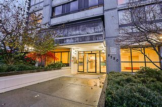 Photo 2: 2002 9280 SALISH Court in Burnaby: Sullivan Heights Condo for sale (Burnaby North)  : MLS®# R2222422