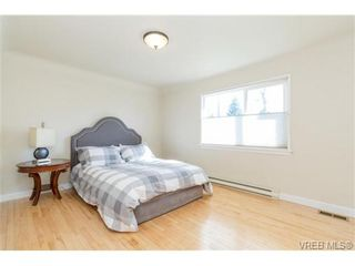 Photo 12: VICTORIA + WEST SAANICH REAL ESTATE = TILLICUM HOME For Sale SOLD With Ann Watley