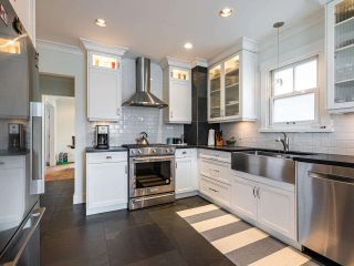 Photo 12: 2555 OXFORD Street in Vancouver: Hastings Sunrise House for sale (Vancouver East)  : MLS®# R2556739