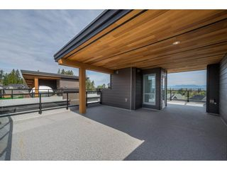 """Photo 18: 57 2825 159 Street in Surrey: Grandview Surrey Townhouse for sale in """"Greenway At The Southridge Club"""" (South Surrey White Rock)  : MLS®# R2259618"""