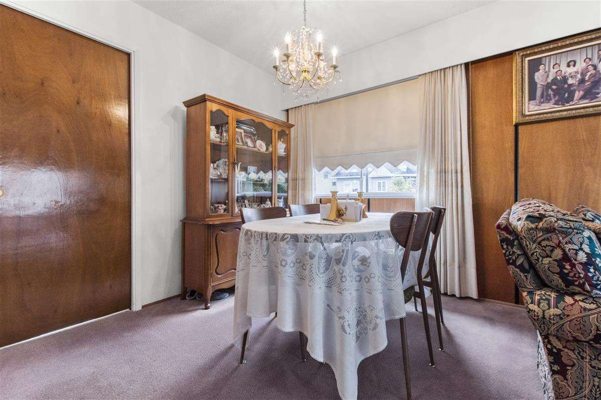 Photo 7: Photos: 3225 ST GEORGE Street in Vancouver: Fraser VE House for sale (Vancouver East)  : MLS®# R2579975