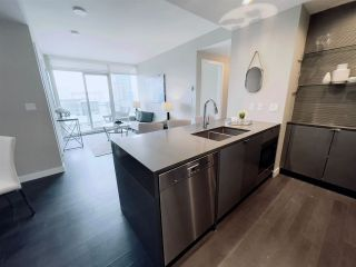 """Photo 16: 2210 4508 HAZEL STREET Street in Burnaby: Forest Glen BS Condo for sale in """"SOVEREIGN"""" (Burnaby South)  : MLS®# R2554945"""