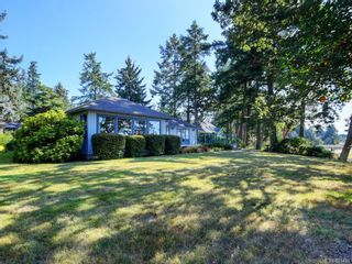 Photo 32: 825 Towner Park Rd in North Saanich: NS Deep Cove House for sale : MLS®# 821434