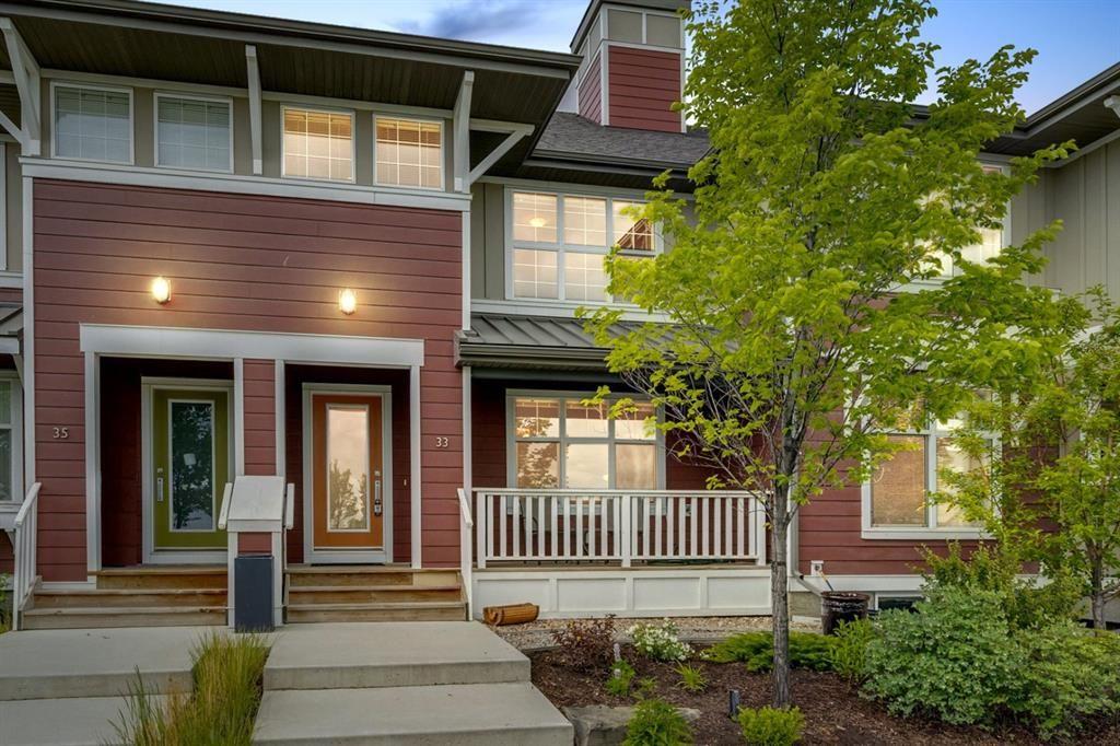Main Photo: 33 Marine Drive SE in Calgary: Mahogany Row/Townhouse for sale : MLS®# A1124015