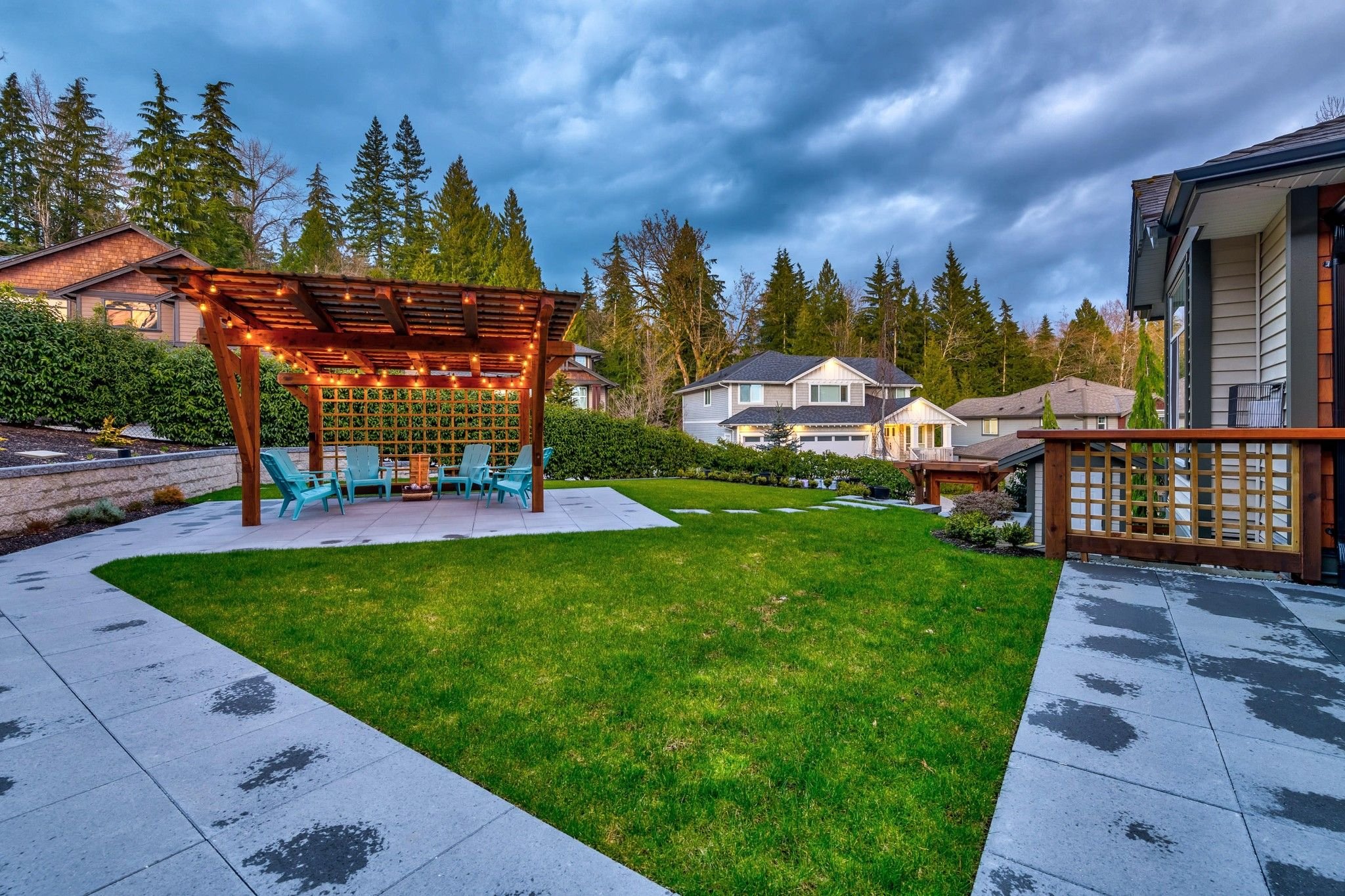 Photo 26: Photos: 16 13210 SHOESMITH CRESCENT in Maple Ridge: Silver Valley House for sale : MLS®# R2448043