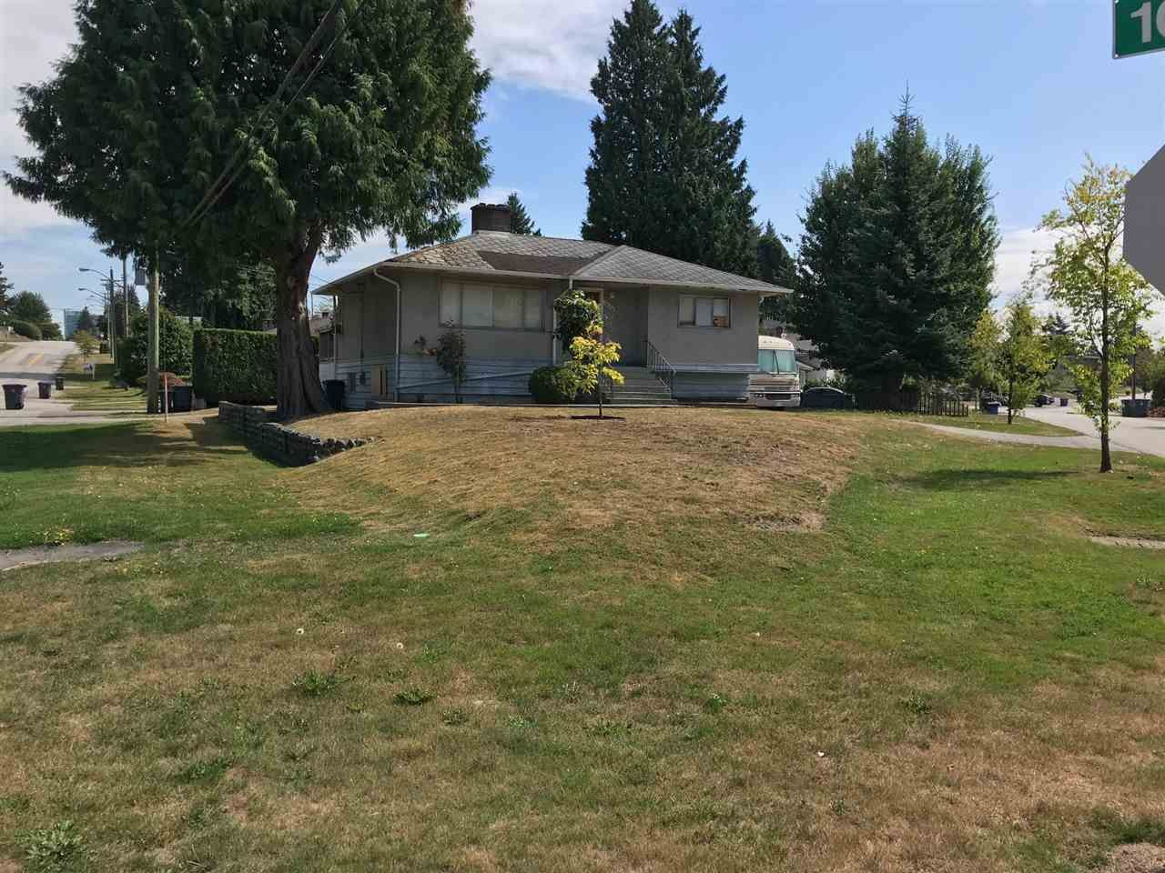 Main Photo: 10176 MARY Drive in Surrey: Cedar Hills House for sale (North Surrey)  : MLS®# R2404023