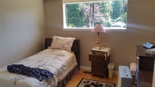 """Photo 7: 14944 RAVEN Place in Surrey: Bolivar Heights House for sale in """"birdland"""" (North Surrey)  : MLS®# R2085954"""