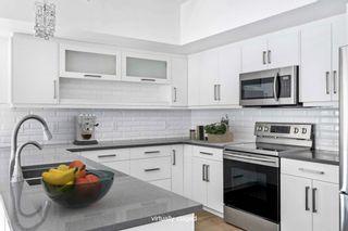 Photo 1: 4 10237 149 Street in Edmonton: Zone 21 Townhouse for sale : MLS®# E4256863