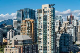 """Photo 24: 2205 388 DRAKE Street in Vancouver: Yaletown Condo for sale in """"Governor's Tower"""" (Vancouver West)  : MLS®# R2619698"""