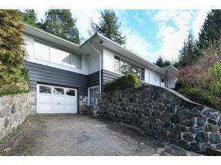 Photo 1: 402 E 29TH Street in North Vancouver: Upper Lonsdale House for sale : MLS®# V1102842