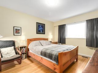 Photo 14: 1920 Ridgeway Avenue in North Vancouver: Central Lonsdale House  : MLS®# R2147491