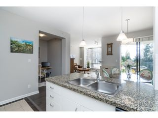 """Photo 18: 403 1581 FOSTER Street: White Rock Condo for sale in """"SUSSEX HOUSE"""" (South Surrey White Rock)  : MLS®# R2474580"""