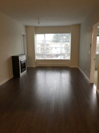 "Photo 3: 301 2943 NELSON Place in Abbotsford: Central Abbotsford Condo for sale in ""EDGEBROOK"" : MLS®# R2468873"