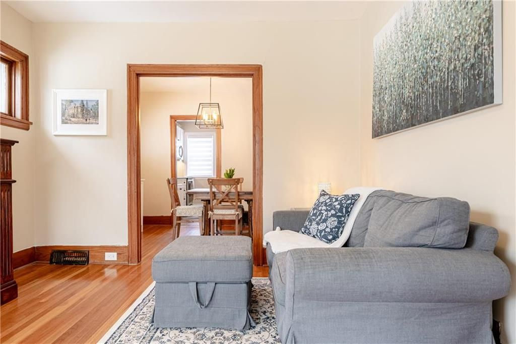 Photo 7: Photos: 292 Beaverbrook Street in Winnipeg: River Heights North Residential for sale (1C)  : MLS®# 202109631
