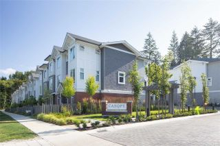 """Photo 1: 41 9718 161A Street in Surrey: Fleetwood Tynehead Townhouse for sale in """"Canopy"""" : MLS®# R2584498"""