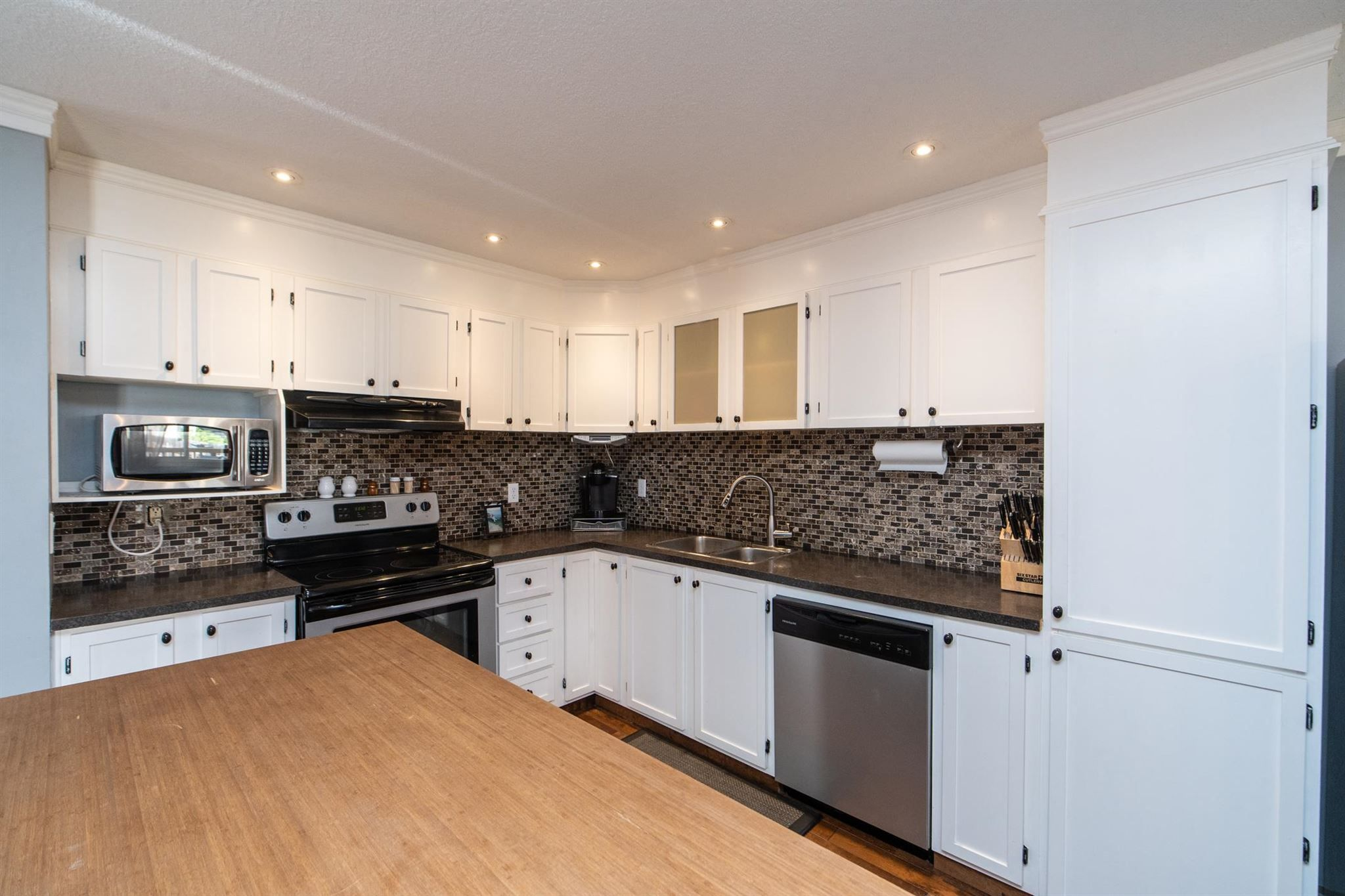 Main Photo: 6 WILSON Drive: Devon House for sale : MLS®# E4251063