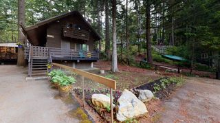 Main Photo: 8252 WOODLAND Place in Whistler: Alpine Meadows House for sale : MLS®# R2598110