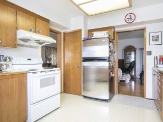 """Photo 16: 4285 MACDONALD Street in Vancouver: Arbutus House for sale in """"Arbutus"""" (Vancouver West)  : MLS®# R2551166"""