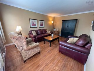 Photo 4: 8 Hampshire Way in Colby Village: 16-Colby Area Residential for sale (Halifax-Dartmouth)  : MLS®# 202123654