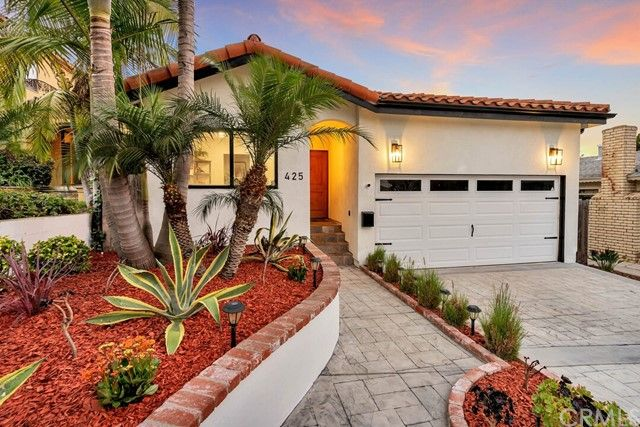 Main Photo: House for sale : 4 bedrooms : 425 Manitoba Street in Playa del Rey