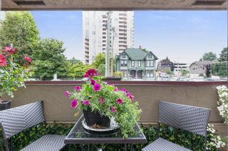 """Photo 11: 214 436 SEVENTH Street in New Westminster: Uptown NW Condo for sale in """"Regency Court"""" : MLS®# R2289839"""