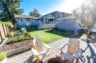 Photo 2: 7949 18TH Avenue in Burnaby: East Burnaby House for sale (Burnaby East)  : MLS®# R2116087