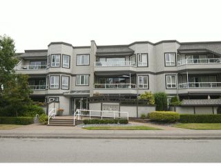 "Photo 1: 205 1840 E SOUTHMERE Crescent in White Rock: Sunnyside Park Surrey Condo for sale in ""Southmere Mews"" (South Surrey White Rock)  : MLS®# F1320585"