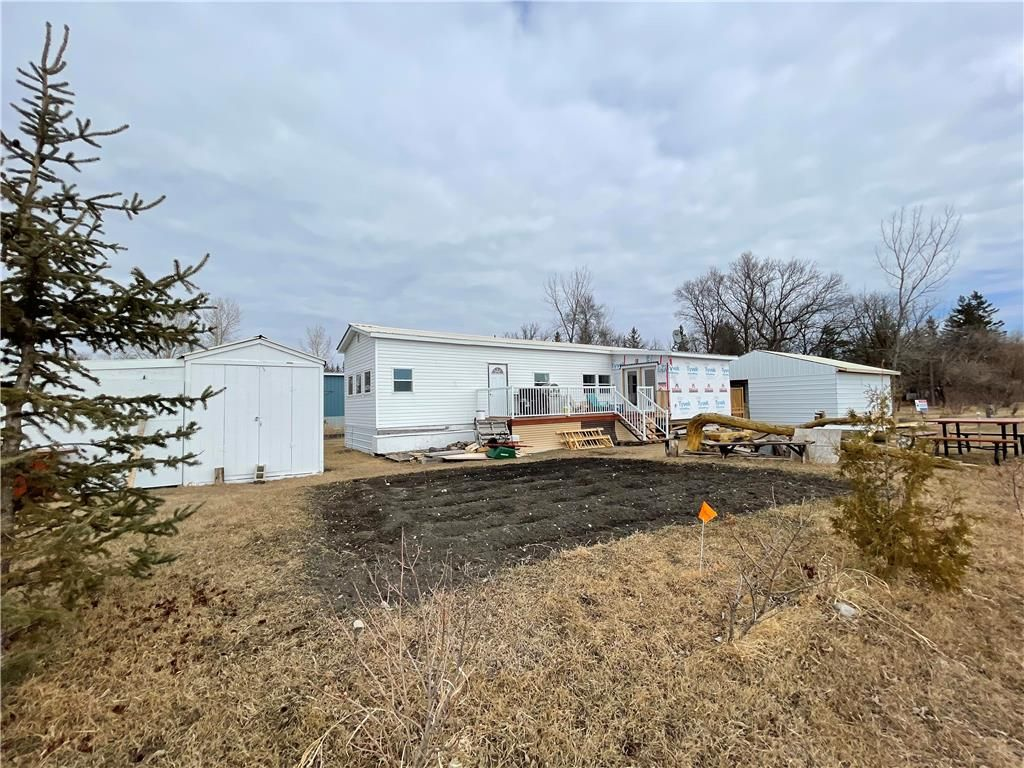Main Photo: 10 10A Kenbro Park in Beausejour: St Ouen Residential for sale (R03)  : MLS®# 202102553