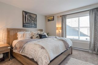 """Photo 11: #4 18211 70 Avenue in Surrey: Cloverdale BC Townhouse for sale in """"Augusta Walk"""" (Cloverdale)  : MLS®# R2453483"""
