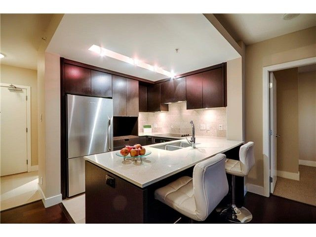 Photo 3: Photos: # 1207 158 W 13TH ST in North Vancouver: Central Lonsdale Condo for sale : MLS®# V1086786