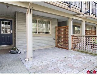 """Photo 9: 24 5388 201A Street in Langley: Langley City Townhouse for sale in """"THE COURTYARD"""" : MLS®# F2812450"""