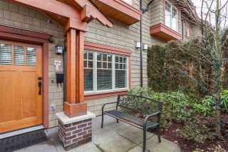 "Photo 2: 5938 OAK Street in Vancouver: Oakridge VW Townhouse for sale in ""MONTGOMERY TOWNHOMES"" (Vancouver West)  : MLS®# R2162666"