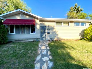 Main Photo: 3325 29th Avenue in Regina: Parliament Place Residential for sale : MLS®# SK861268