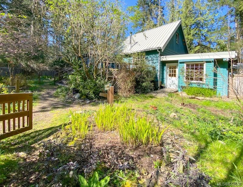 FEATURED LISTING: 140 Malaspina Dr