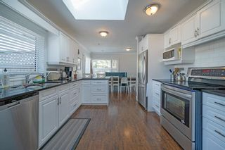 Photo 15: 704 Imperial Way SW in Calgary: Britannia Detached for sale : MLS®# A1081312