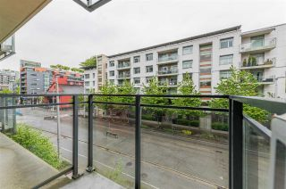 """Photo 13: 318 38 W 1ST Avenue in Vancouver: False Creek Condo for sale in """"THE ONE"""" (Vancouver West)  : MLS®# R2576246"""
