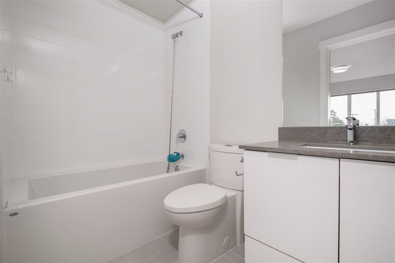 """Photo 20: Photos: 17 10388 NO. 2 Road in Richmond: Woodwards Townhouse for sale in """"KINGSLEY ESTATE"""" : MLS®# R2529818"""