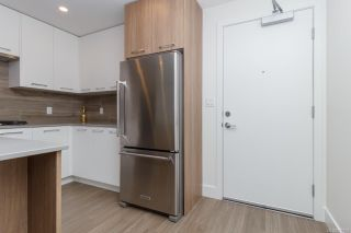 Photo 3: 416 960 Reunion Ave in : La Langford Proper Condo for sale (Langford)  : MLS®# 854708