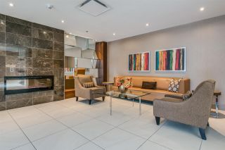 """Photo 5: 1104 89 W 2ND Avenue in Vancouver: False Creek Condo for sale in """"PINNACLE LIVING FALSE CREEK"""" (Vancouver West)  : MLS®# R2250974"""