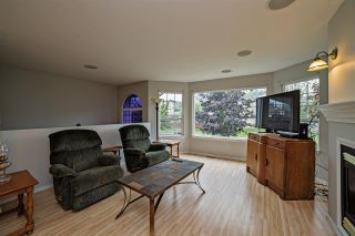 "Photo 4: 7976 MELBURN Drive in Mission: Mission BC House for sale in ""College Heights"" : MLS®# R2088339"