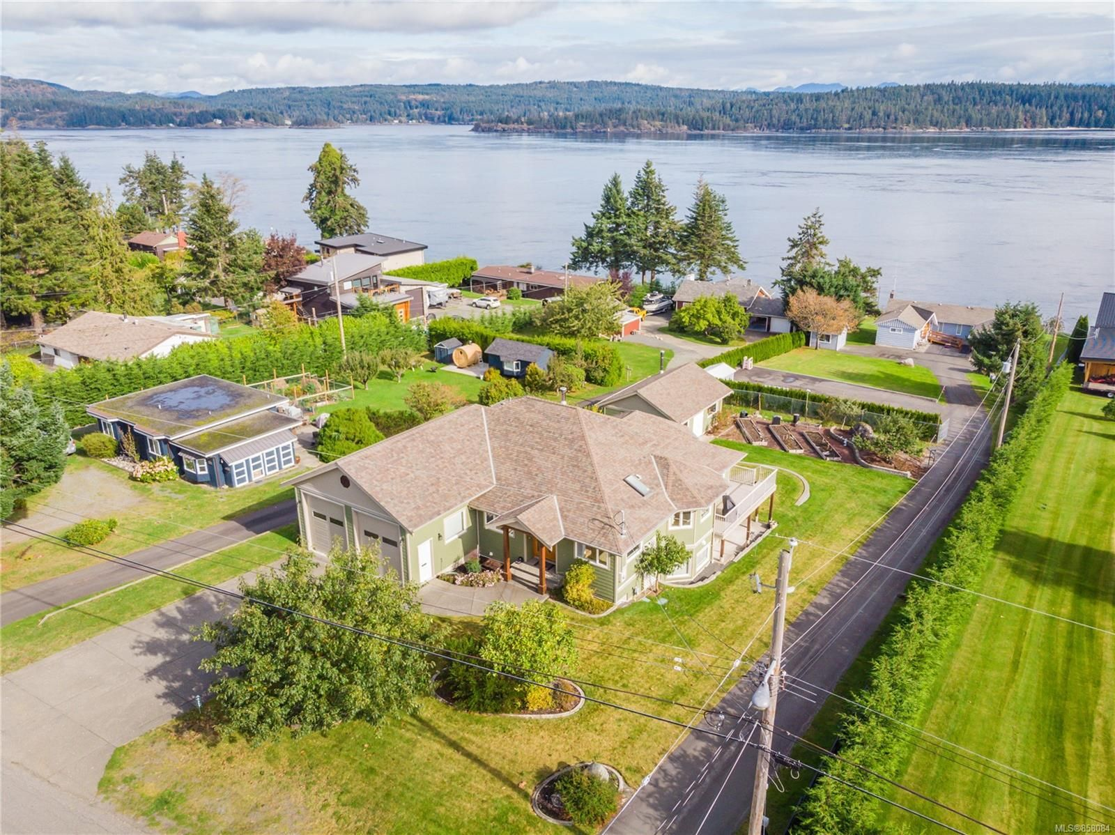 Main Photo: 4257 Discovery Dr in : CR Campbell River North House for sale (Campbell River)  : MLS®# 858084