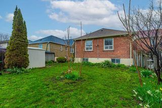 Photo 4: 2951 Kingston Road in Toronto: Cliffcrest House (Bungalow) for sale (Toronto E08)  : MLS®# E5215618