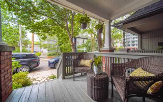 Photo 2: 25 Verral Avenue in Toronto: South Riverdale House (2-Storey) for sale (Toronto E01)  : MLS®# E4829188