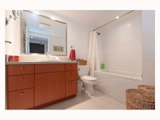"""Photo 27: 323 3228 TUPPER Street in Vancouver: Cambie Condo for sale in """"OLIVE"""" (Vancouver West)  : MLS®# V813532"""