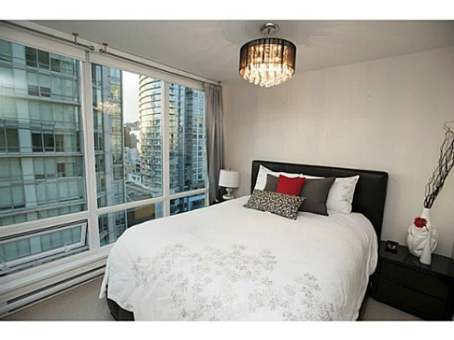 """Photo 6: Photos: 1707 535 SMITHE Street in Vancouver: Downtown VW Condo for sale in """"DOLCE AT SYMPHONY PLACE"""" (Vancouver West)  : MLS®# V1138374"""