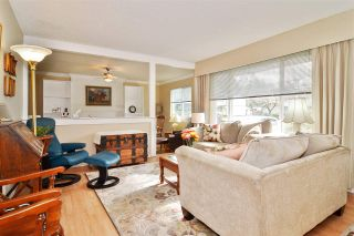 Photo 3: 19751 40A Avenue in Langley: Brookswood Langley House for sale : MLS®# R2542070