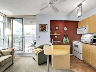 Photo 7: 1006 1889 AlberniL Street in Vancouver: West End VW Condo for sale (Vancouver West)  : MLS®# R2527613