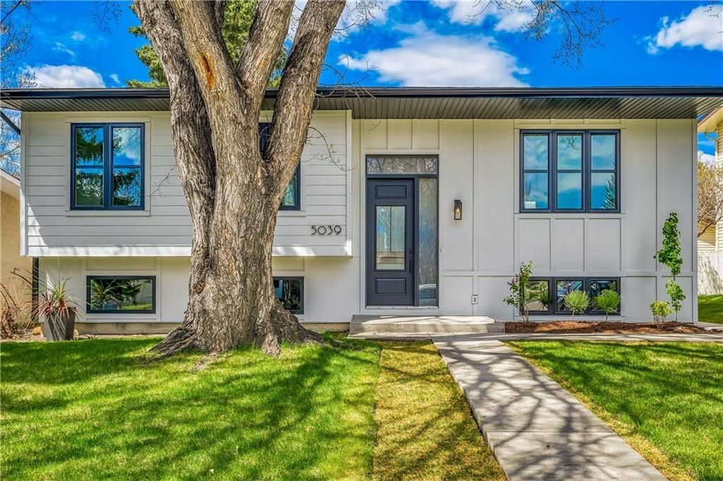 Photo 2: Photos: 5039 BULYEA Road NW in Calgary: Brentwood Detached for sale : MLS®# A1047047