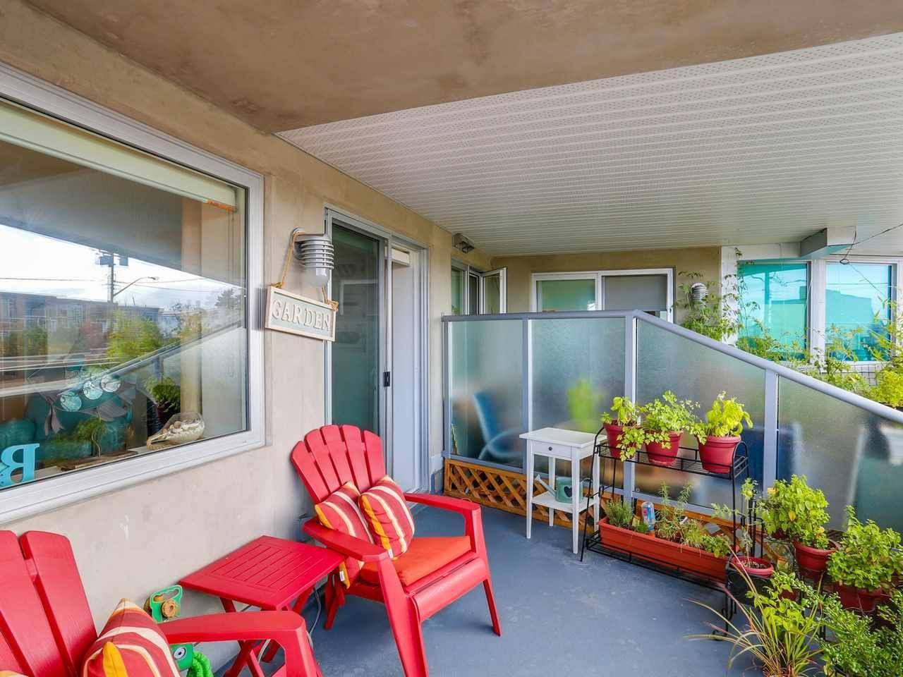 "Photo 15: Photos: 202 14955 VICTORIA Avenue: White Rock Condo for sale in ""SAUSALITO BEACH SIDE LIVING"" (South Surrey White Rock)  : MLS®# R2128764"
